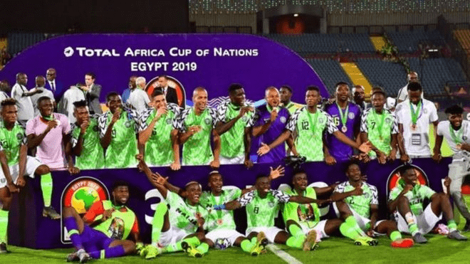 Gernot Rohr Extends Contract With Super Eagles 2