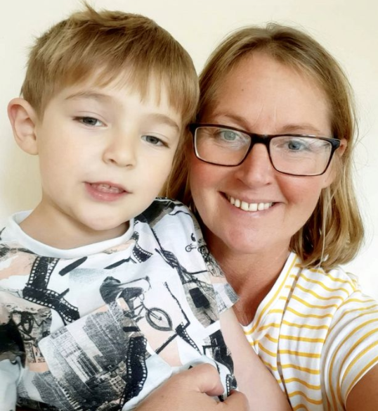 Check Out How Brave 5-Year-Old Boy Saves Mum's Life 1