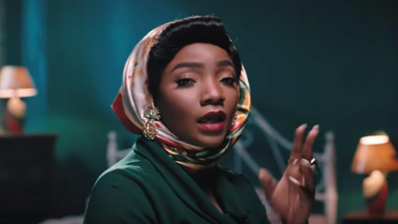 Simi Sends 200K To Woman On Twitter